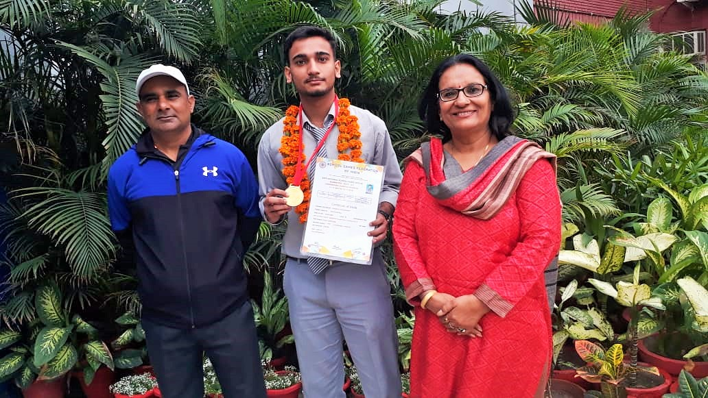 Badminton Player Kanishk Chaudhary grabbed Gold in School National Badminton Championship